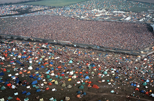 Isle Of White Festival - crowd.jpg