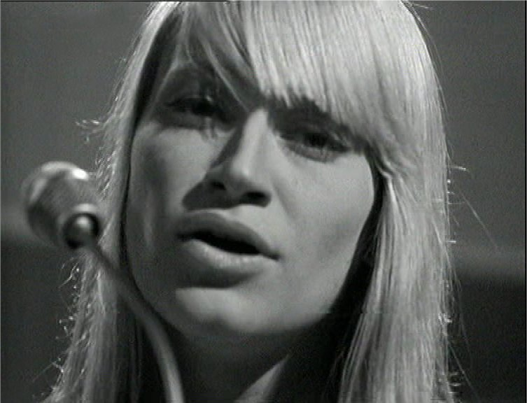 Mary Travers.jpg