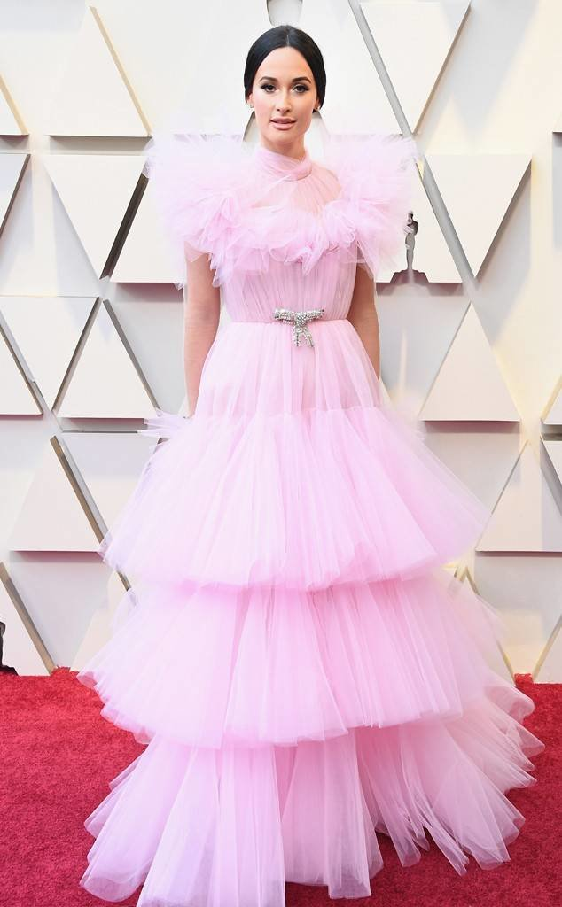 rs 634x1024 190224153645 634 2019 oscar academy awards red carpet fashions kacey musgrave