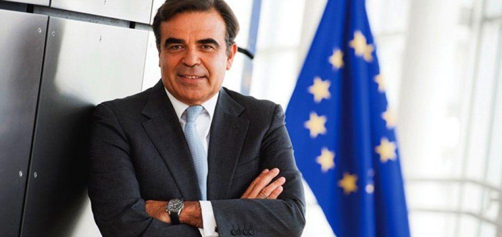 Ο Μαργαρίτης Σχοινάς νέος επίτροπος της Ελλάδας στην Κομισιόν