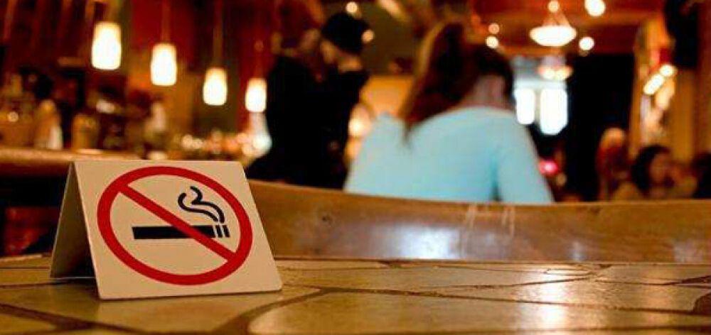 Σφοδρές αντιδράσεις των καταστηματαρχών για τον αντικαπνιστικό νόμο