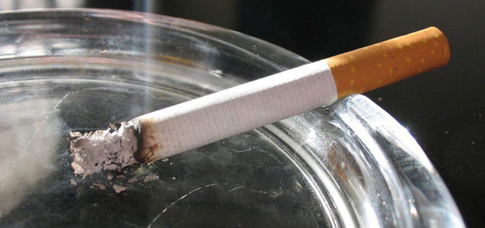 Φωτιά πήρε η γραμμή καταγγελιών για το κάπνισμα