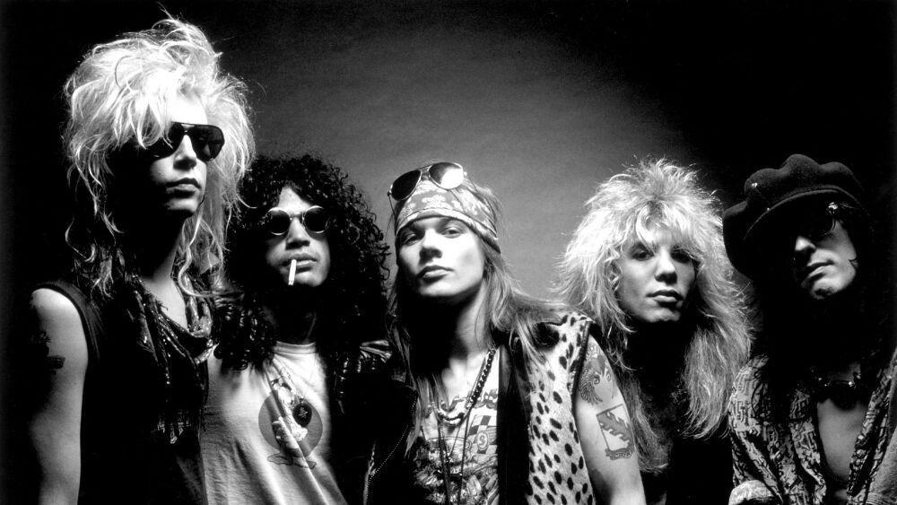 Εξωδικαστικός συμβιβασμός με ζυθοποιία για τους Guns N 'Roses