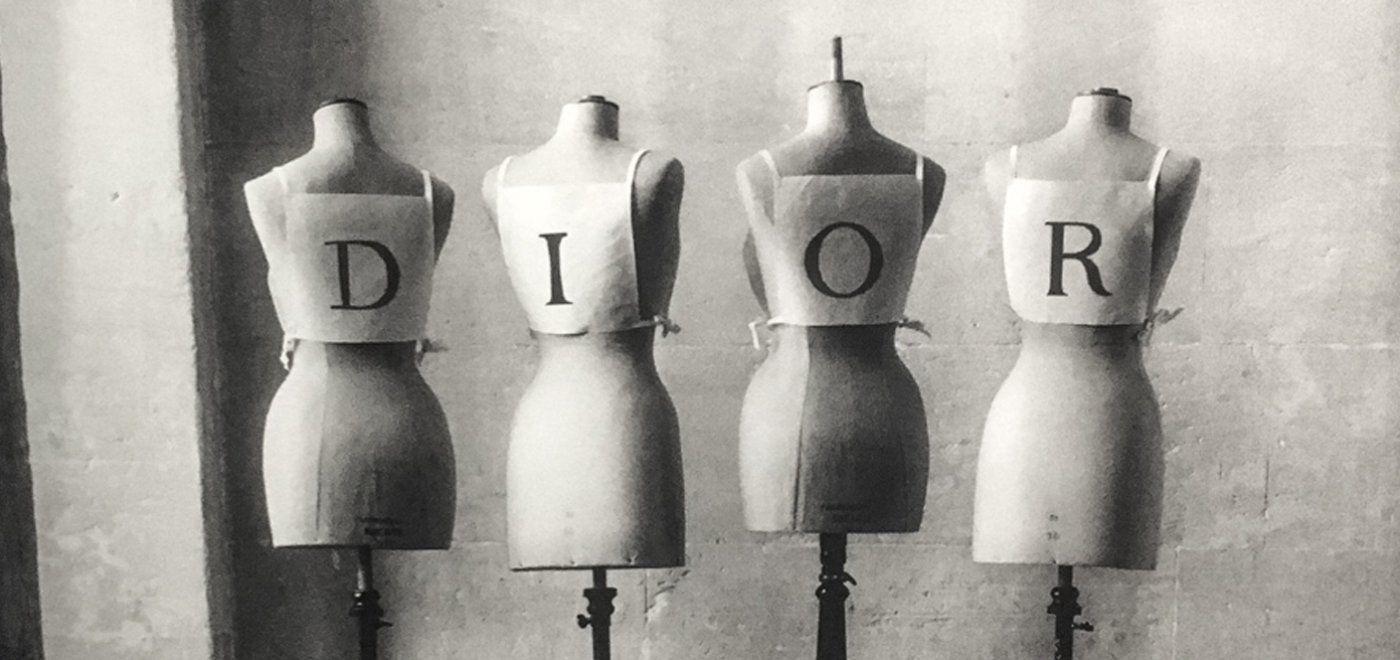 275ddb9577 Τα «κίτρινα γιλέκα» αναβάλλουν το ντεφιλέ του Dior!